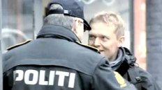 Police Stops Bicyclist - WTF