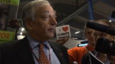 Climate Denier Lord Monckton Gets Pwned!