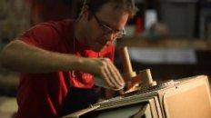 Kiel Johnson's Cardboard Twin Lens Reflex Camera Time Lapse