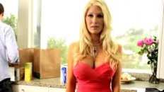 Heidi Montag Says No to Plastic