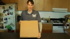 Green Box: Pizza Box Turns into Plates & Storage Unit