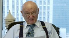 Ed Koch Reviews Star Trek